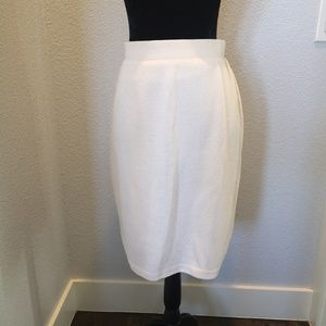 St. John Evening Knit Skirt Size